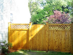 Cedarfence panel with curved top gate